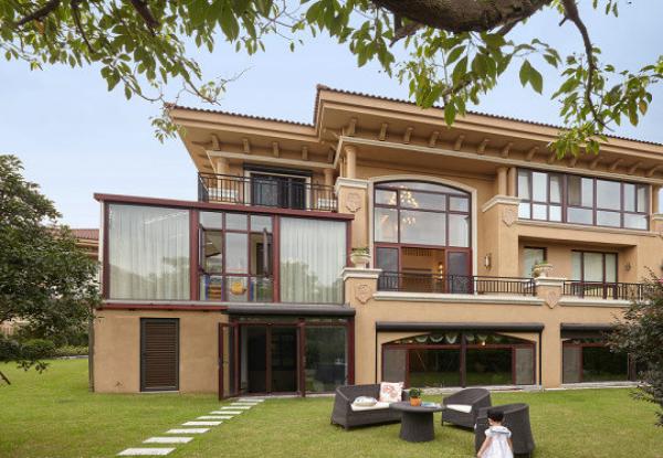 欧式风格二层半自建别墅外墙瓷砖墙漆颜色搭配图片26.png