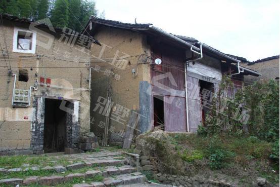 农村闲置房屋回收拆除
