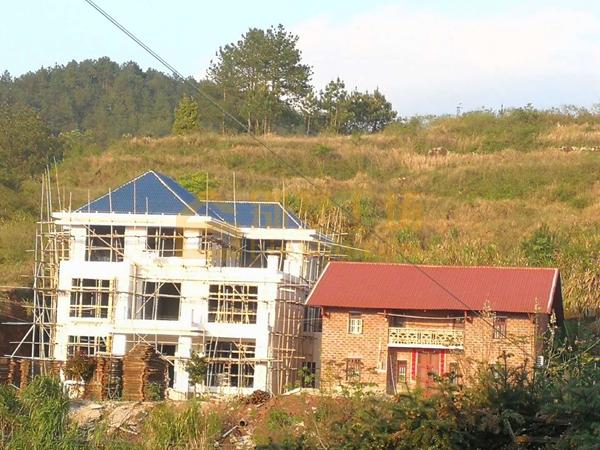 农村建房超面积罚多少