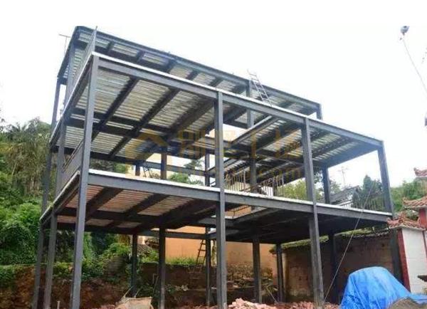 重钢结构别墅造价