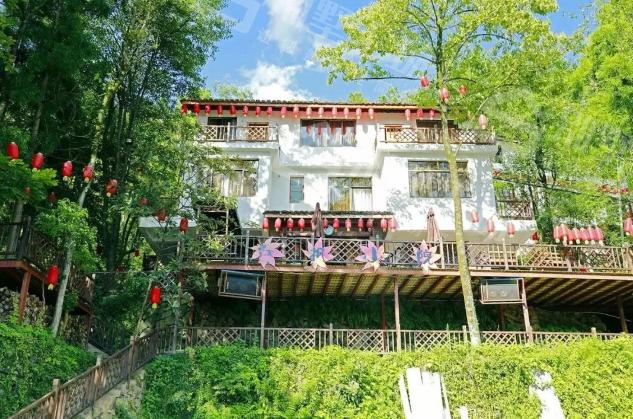 名族特色的别墅民宿装修图片