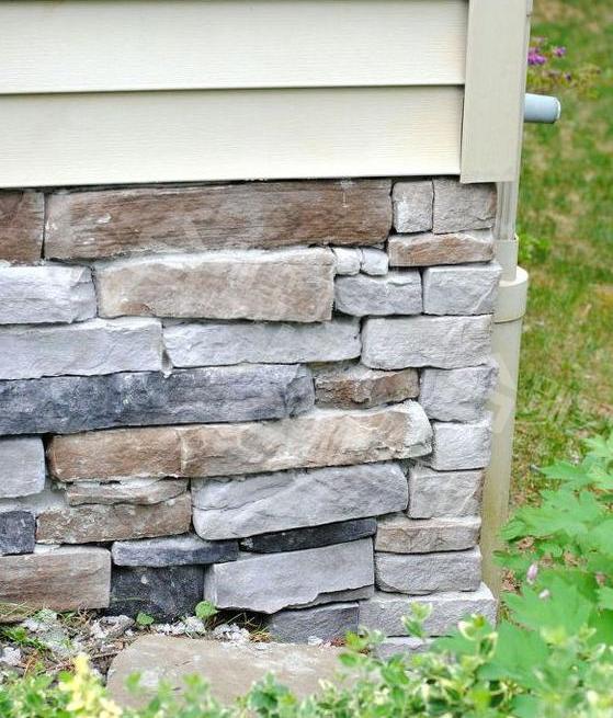 农村别墅外墙下方贴石头3